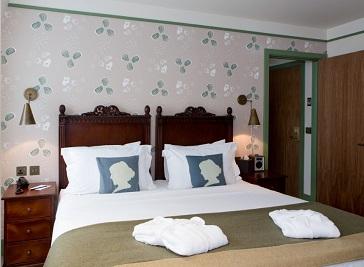 Morton Hotel